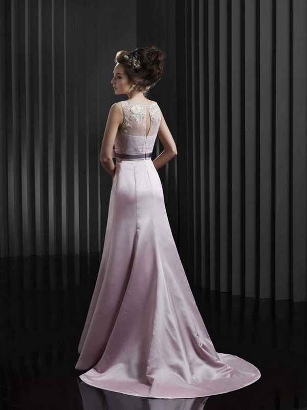 BT13-24-Back-Enzoani-Beautiful-2013-Collection sabrinia back